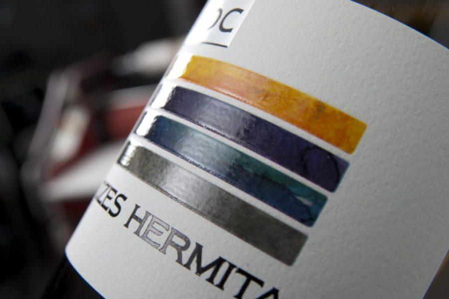 Impression étiquettes bande couleur vins